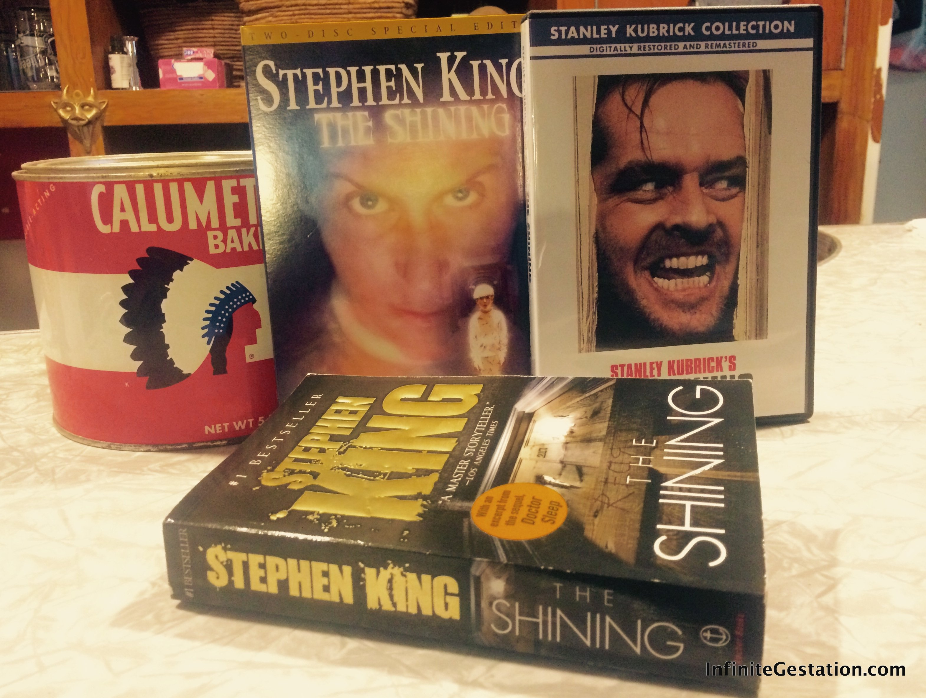 The Shining – Novel by Stephen King + Stanley Kubrick Film – Halloween Special | Episode 040